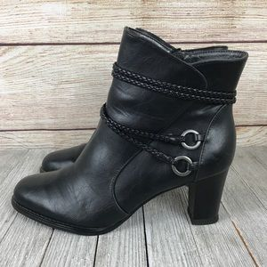 Life Stride Yohanna Black Boots
